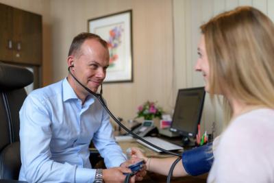 Hausarzt-Rottenburg-Kessler-Praxis-Beratung2