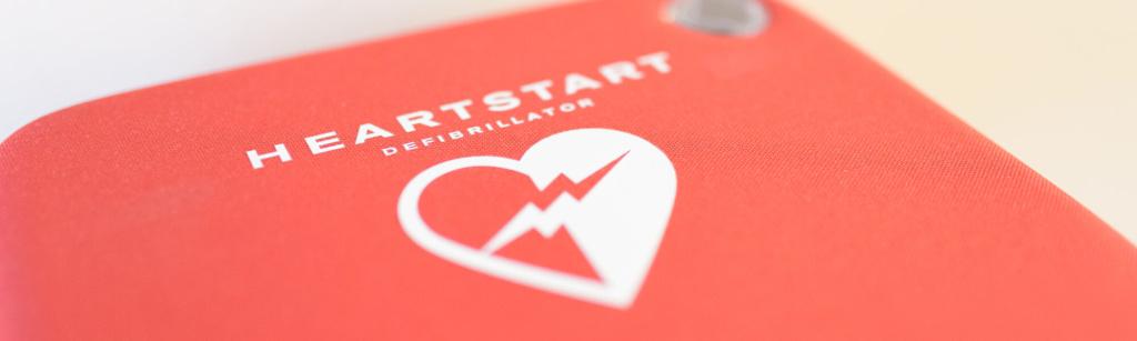 Hausarzt-Rottenburg-Kessler-Leistungen-Defibrillator