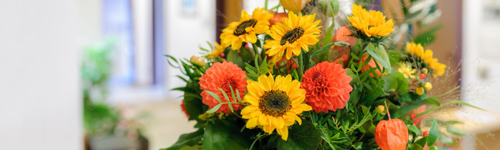 Hausarzt-Rottenburg-Kessler-Praxis-Blumenstrauß